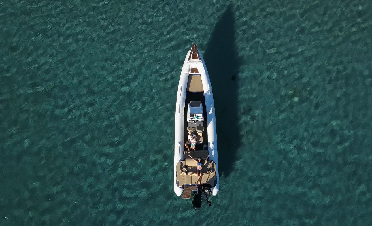 Blue Escape Speedboat